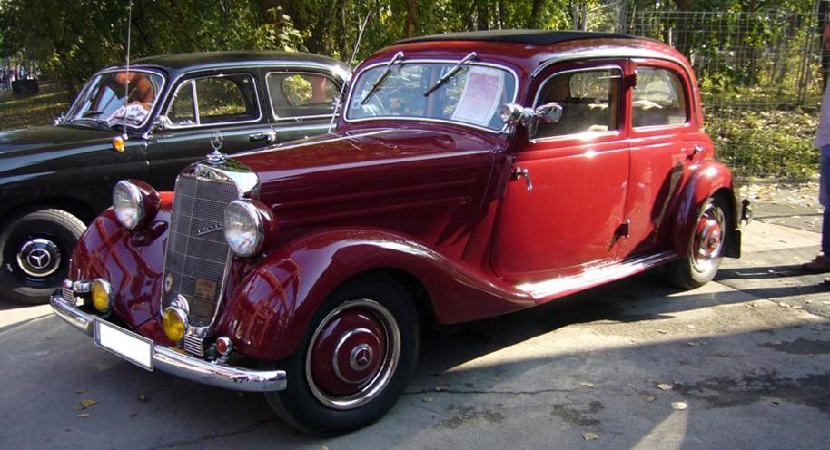 Mercedes Benz E-Class W136 Series (1946-1955)